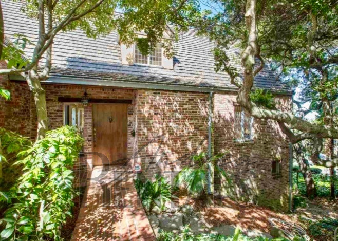 Exceptional Claremont Home Available For 6 Months.