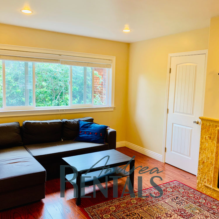 FURNISHED 2 Bedroom / 1 Bathroom Apartment – Walking Distance To UC Berkeley & BART!
