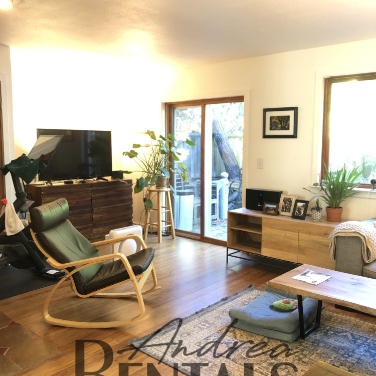 2Bed/1.5Bath Condo with lots of privacy in Central Berkeley