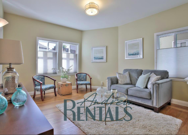 Charming UNFURNISHED 1BD/1BA unit available now on Lake Merritt!