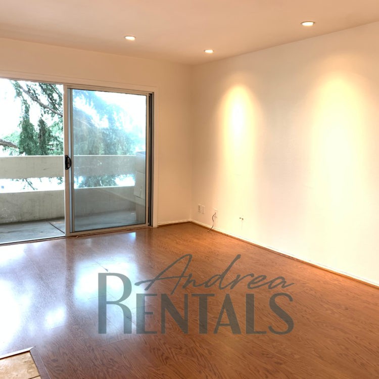 Beautiful 2BD/2BA on Lake Merritt with Gorgeous Views of the Lake!