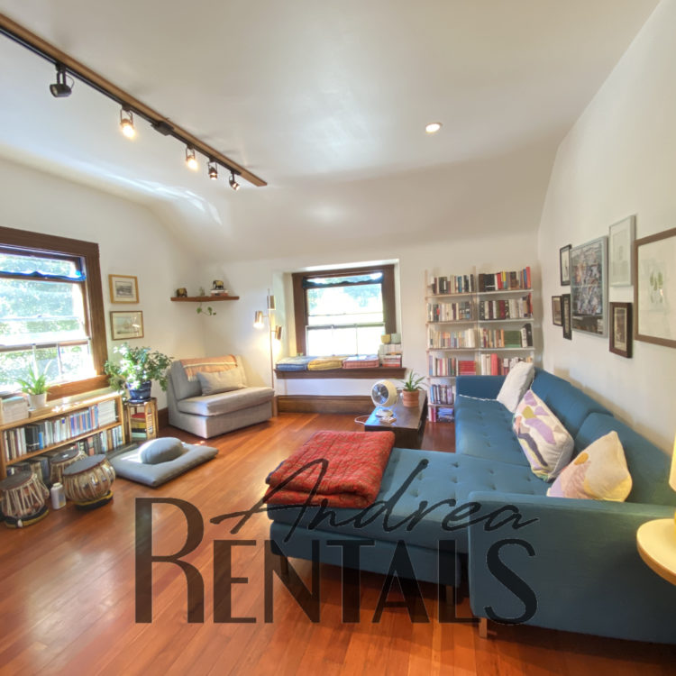 High end, charming 2BD/1BA flat in Victorian/Edwardian home built in 1901 – take a Virtual Tour Now!