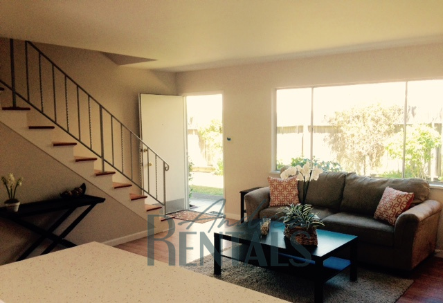 Spacious, bright 2 level 2BR in stellar location – just across from El Cerrito Bart and El Cerrito Plaza!