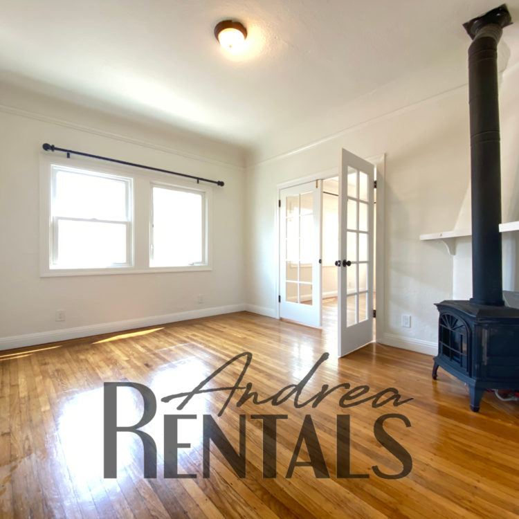 Spacious 1920's Berkeley flat in vintage 4-plex! Virtual tour now!