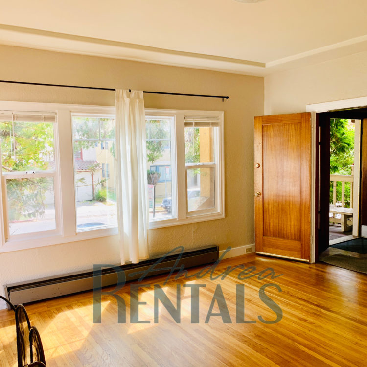 Charming, vintage 2br/2ba in 1920's 4-plex in super-convenient North Berkeley location!