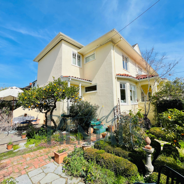 Fully furnished, bright & charming  3+ bedroom,1.5 bath classic Craftsman home in the heart of Berkeley, with detached office/playroom and huge sunny yard.